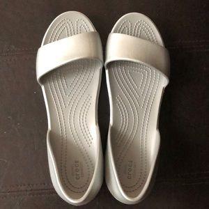 💝NWOT Crocs Sandals